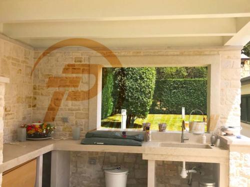 Cucine in pietra Bari 05