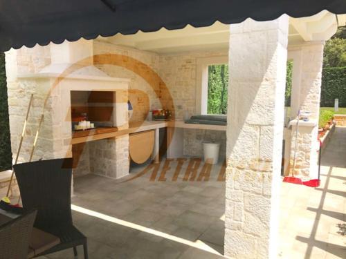 Cucine in pietra Bari 07